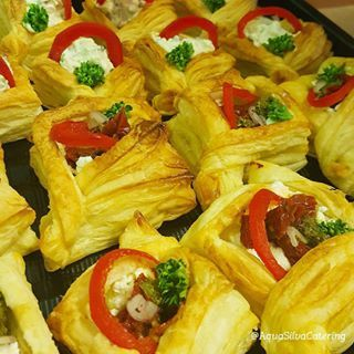 rustic home-made vol-au-vents with goats cheese and sun-dried tomatoes